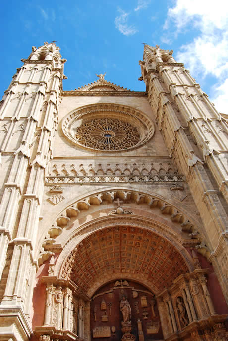 Gothic cathedral in palma de mallorca photo